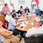 Centrais definem 28 de abril como dia nacional de paralisação contra as reformas
